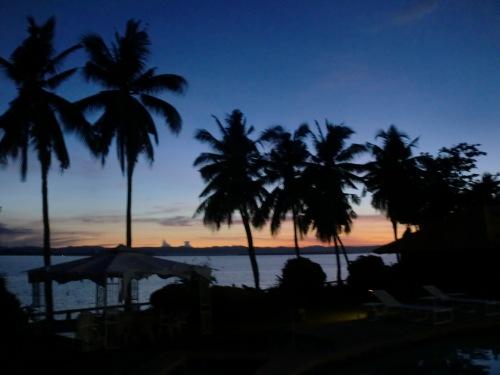 Sunrise at  Leyte  Gulf